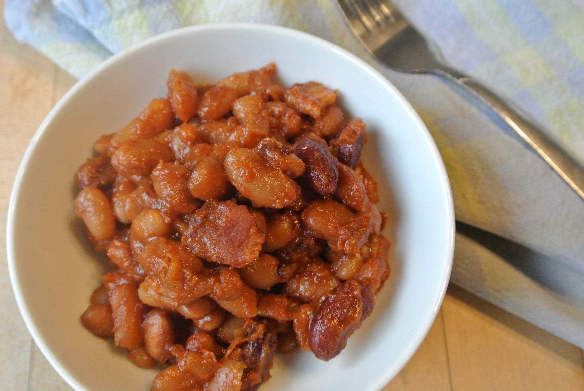 Dutch Oven Baked Beans with Maple and Bacon